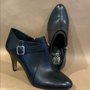 NEW Vince Camuto Vonilesa Black Leather  Size 10